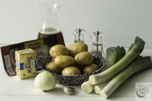 Ingredients needed to make Rustic Leek and Potato Soup.